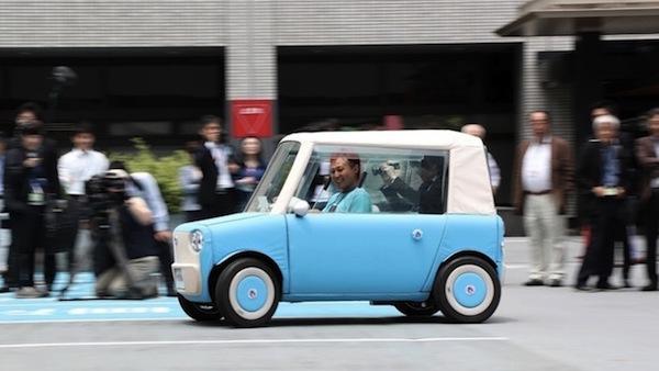 交通弱者のニーズに応えたい、超小型EV「リモノ」がまちの未来を変える?